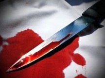 71-летний бердянец всадил в живот нож своему знакомому