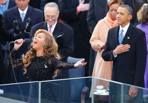 beyonce-sings-national-anthem-as-barack-obama-listens-data