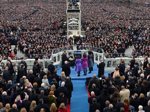 President Barack Obama is sworn in by Chief Justice John Roberts at the ceremonial swearing-in at the U.S. Capitol during the 57th Presidential Inauguration in Washington, Monday, Jan. 21, 2013. (AP Photo/Susan Walsh)