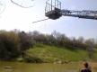 Запорожцы ловят рыбу с помощью подъемника