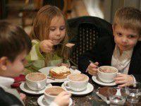 Бизнес пообещал, что не оставит без еды запорожские школы и детсады