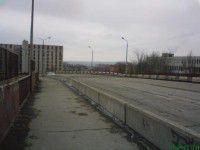 В Запорожье рушится мост, соединяющий два района