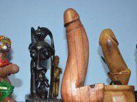 Запорожский уролог коллекционирует мужские органы (Фото)