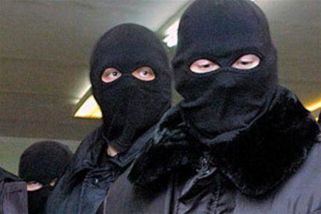 В Запорожье вооруженные люди пытались захватить завод