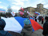 В Запорожье Антимайдан раскололся на два лагеря