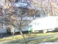 В Запорожье грузовик врезался в девятиэтажку