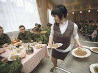 Запорожских призывников отправляют на обед домой
