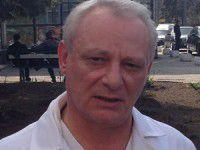 В Запорожье мужчина напал на главврача с ножом, обвиняя в смерти матери