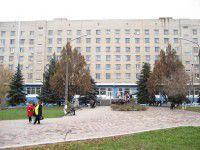 В Запорожье из окна больницы выпал пациент