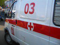 На Бабурке мужчина разбил медикам машину скорой