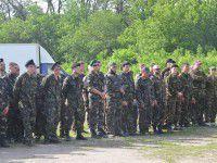 В Запорожье Самооборона и Хортицкий полк вызвались охранять избирательные участки