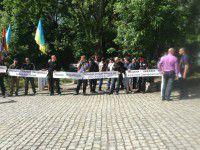 Запорожский Правый сектор выступил против народного прокурора (ФОТО)