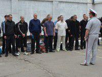 Фотофакт: Запорожских заключенных выпустили в город
