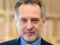 Владелец запорожского завода продает свои активы в Крыму