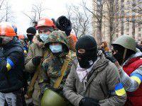 ВИДЕО: как Правый сектор «гостил» у жены сепаратиста