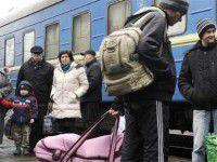 Запорожцы собираются перевозить беженцев своими силами