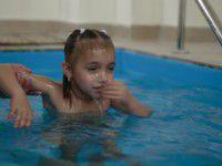 ФОТОФАКТ: В Запорожье покрестили маленьких беженцев