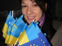 Активистка Майдана заверяет, что в нее влюблен ополченец Тимченко