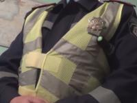 В центре Запорожья водитель разбил гаишникам стекло в машине