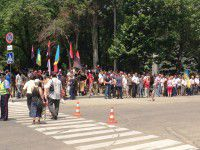Митинг за отставку Шацкого: барабан, силовики с щитами и группа поддержки прокурора (ФОТО)