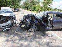 Фото с места аварии, в которой пострадали 9 человек