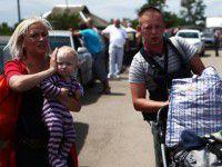 Запорожская семья беженцев в России пишет жалобы  Путину