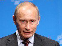 Фотофакт: Бердянцы обратились к Путину: «И не мечтай, с…а!»