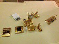Вещи Евгения Анисимова пустили с молотка