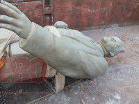 Ленин с петлей на шее — в Бердянске отмечают День независимости
