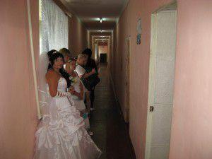 Фотофакт: Запорожские невесты выбирают зэков