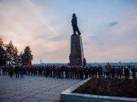 Нужен ли Запорожью памятник Ленина? — СОЦОПРОС