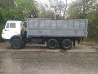 Фотофакт: Бизнесмен подарил запорожским военным КАМАЗ