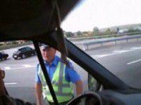Под Запорожьем ГАИшник напал с кулаками на водителя из Донецка (Видео)