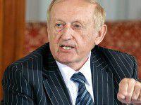Вячеслав Богуслаев решил идти на выборы без регионалов
