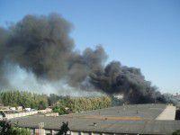 Жители Шевченковского задыхаются от едкого дыма — горит склад