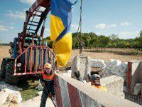 Запорожская область отгораживается от Донбасса бетонными плитами