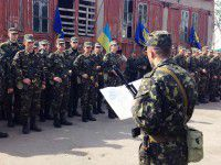 Присяга нового батальона: чиновничьи обещания, детские слезы, Пулька и Патрон