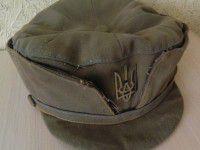 Запорожцы могут купить раритетный головной убор с гербом