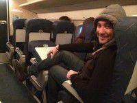 Фотофакт: Известный журналист опозорил самолет компании «Мотор Сич»