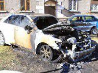 Помощнику запорожского мэра сожгли машину (Фото)
