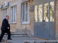 В Мелитополе суд охраняют с автоматами
