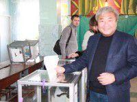 Фотофакт: Мэр Запорожья принял участие в выборах