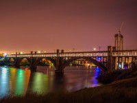 Запорожские мосты в свете луны (Фото)