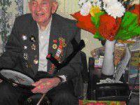 В Запорожье подполковник отметил 90-летний юбилей