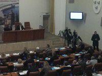 Запорожские депутаты не согласны на добровольную люстрацию