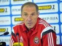 Запорожские футболисты снова без тренера