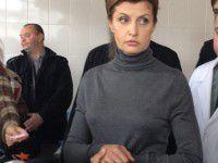 Фото: Жена Порошенко привезла в Запорожье хирургический стол
