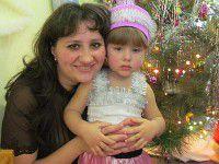 Запорожцы, помогите: Мать и малышка прячутся в подвале в зоне АТО