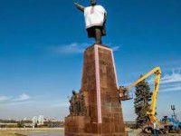 Запорожцы собирают в интернете подписи против сноса памятников