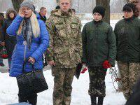 В Запорожье похоронили отца троих детей, убитого на востоке
